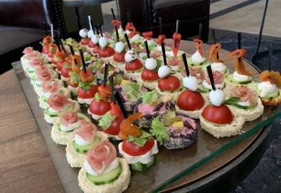 Изненадайте гостите си със стилно поднесени коктейлни хапки за Вашия специален повод! - Снимка
