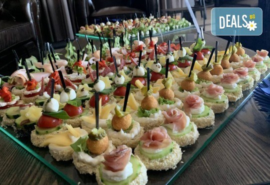 Изненадайте гостите си със стилно поднесени коктейлни хапки за Вашия специален повод! - Снимка 5