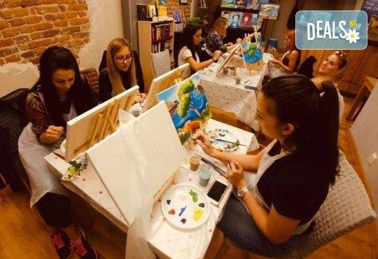 В света на цветовете! Рисувайте заедно с професионален художник картината Цветна приказка на 22-ри ноември (неделя) от 17 часа, Багри и вино - Снимка 2