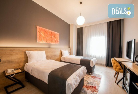 Луксозен уикенд в Одрин! 1 нощувка със закуска в хотел 4*, транспорт, посещение на Margi Outlet и борсата за перилни препарати - Снимка 8