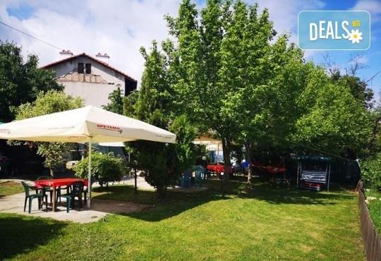 Почивка в Добринище! 1 нощувка със закуска и вечеря в къща за гости Андрееви, до минералния басейн - Снимка 24