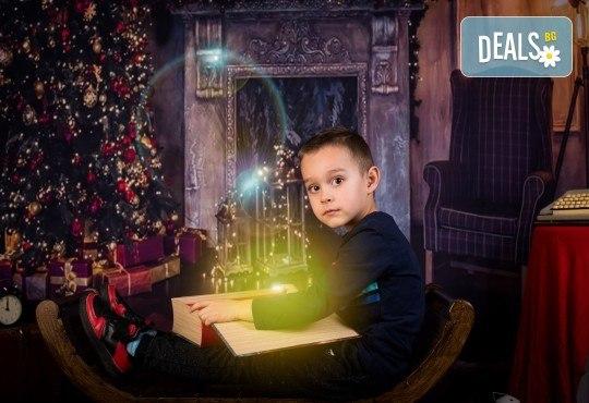 За цялото семейство! 30 или 40 минутна Коледна фотосесия плюс обработване на снимките от Pandzherov Photography - Снимка 11