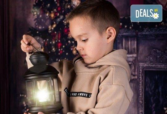 За цялото семейство! 30 или 40 минутна Коледна фотосесия плюс обработване на снимките от Pandzherov Photography - Снимка 12