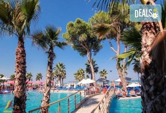 Посрещнете Нова година 2021 на брега на Адриатика в хотел Fafa Premium Resort 4*, Албания, с АБВ Травелс! 3 нощувки със закуски и 2 вечери, транспорт, посещение на Скопие и Охрид - Снимка 4
