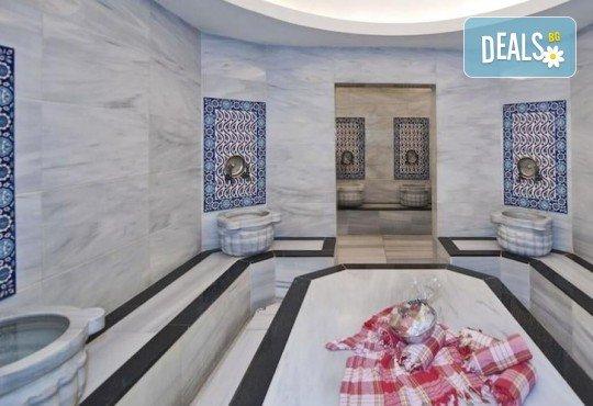 Незабравимо посрещане на Нова година 2021 в хотел Grand S 4*, Истанбул с АБВ Травелс! 3 нощувки със закуски, транспорт, посещение на джамията Селимие и перилната борса в град Одрин - Снимка 12