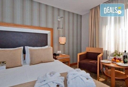 Незабравимо посрещане на Нова година 2021 в хотел Grand S 4*, Истанбул с АБВ Травелс! 3 нощувки със закуски, транспорт, посещение на джамията Селимие и перилната борса в град Одрин - Снимка 14