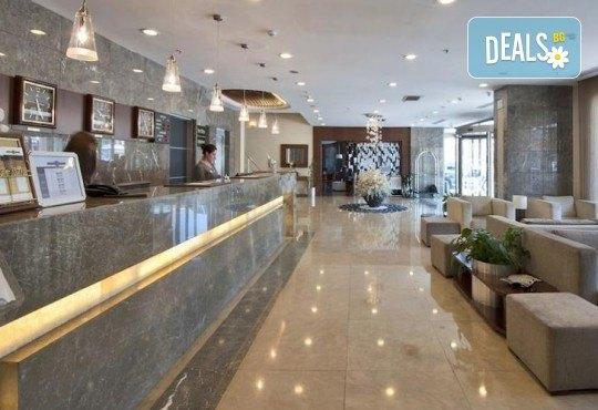 Незабравимо посрещане на Нова година 2021 в хотел Grand S 4*, Истанбул с АБВ Травелс! 3 нощувки със закуски, транспорт, посещение на джамията Селимие и перилната борса в град Одрин - Снимка 8