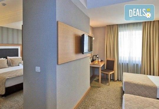 Незабравимо посрещане на Нова година 2021 в хотел Grand S 4*, Истанбул с АБВ Травелс! 3 нощувки със закуски, транспорт, посещение на джамията Селимие и перилната борса в град Одрин - Снимка 10