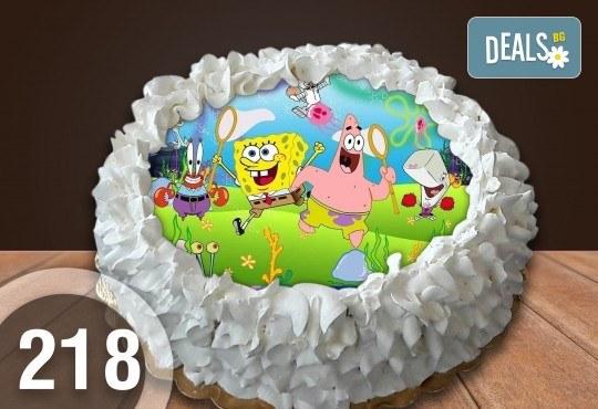 Детска торта с 8 парчета с крем и какаови блатове + детска снимка или снимка на клиента, от Сладкарница Джорджо Джани - Снимка 34