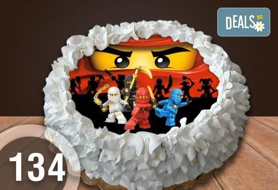 Детска торта с 8 парчета с крем и какаови блатове + детска снимка или снимка на клиента, от Сладкарница Джорджо Джани - Снимка 9