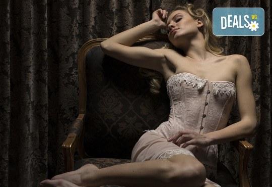 2-часова будоарна или еротична фотосесия на локация по избор от