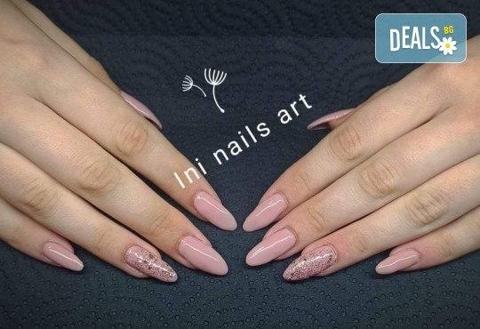 Изящен стил! Дълготраен маникюр с гел лак BlueSky с 2 декорации в Салон Фемили (Inni Nails Art) - Снимка 15