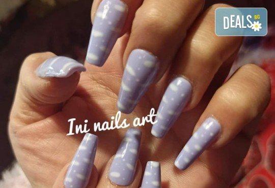 Изящен стил! Дълготраен маникюр с гел лак BlueSky с 2 декорации в Салон Фемили (Inni Nails Art) - Снимка 5