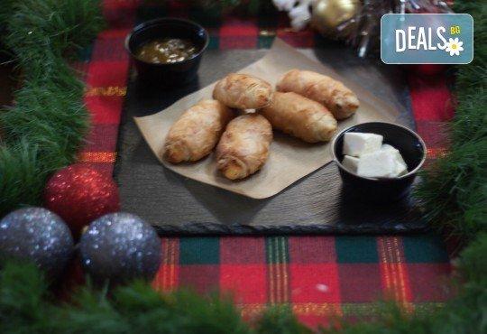 За празниците! Коледен сет с баница с късметчета, паричка, коледни курабии и декорирани меденки от Кулинарна работилница Деличи - Снимка 7