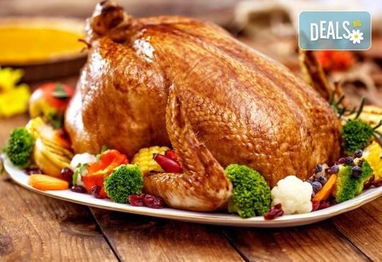 За Коледа и Нова година! Печена пуйка 1/2 на пещ с билки от кулинарна работилница Деличи - Снимка 1