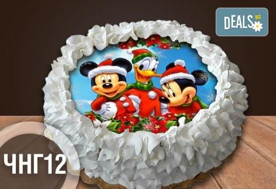 Коледно-новогодишна торта с 12 парчета с крем и какаови блатове + коледна снимка или снимка на клиента, от Сладкарница Джорджо Джани - Снимка 14