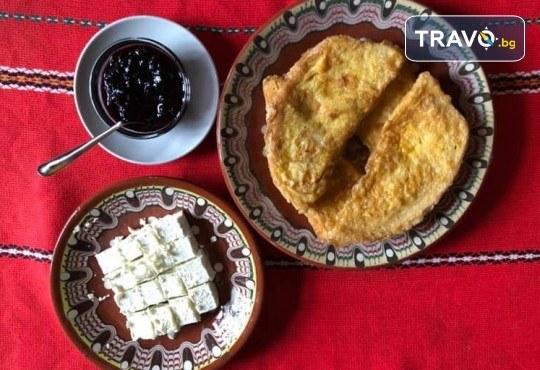 Почивка в Добринище! 1 нощувка със закуска в къща за гости Андрееви - Снимка 18