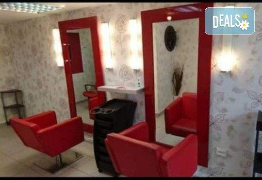 Боядисване с боя на клиента, измиване, подстригване, оформяне със сешоар и стилизиране! Професионална грижа за Вашата коса и модерната Ви визия в салон Golden Angel! - Снимка 4