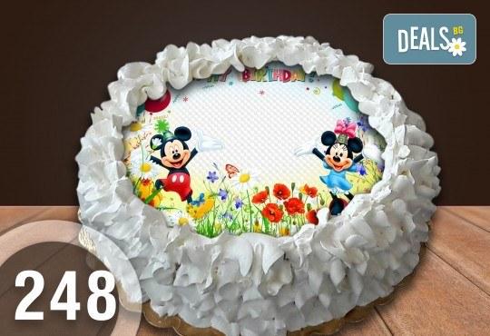 Детска торта с 16 парчета с крем и какаови блатове + детска снимка или снимка на клиента, от Сладкарница Джорджо Джани - Снимка 44