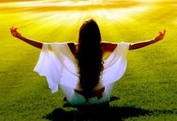 За здраво тяло и спокоен ум! Занятие Цигун, енергийна диагностика по меридиани и детокс в център GreenHealth - Снимка