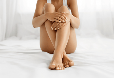 Антицелулитен пакет! Кавитация, ръчен антицелулитен масаж, вендузи и термо маска за намаляване на мастните депа на бедра и седалище в Wellness Center Ganesha Club - Снимка