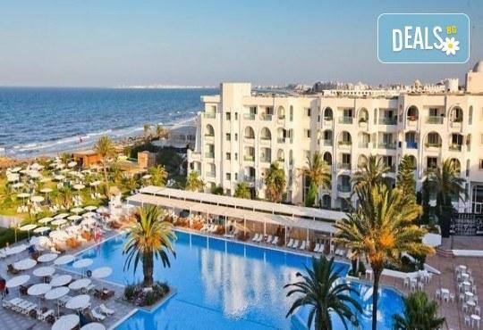 Екзотична почивка в Тунис от Караджъ Турс! 7 нощувки на база All Inclusive в хотел El Mouradi Mahdia 5*, самолетен билет, летищни такси и трансфери - Снимка 2
