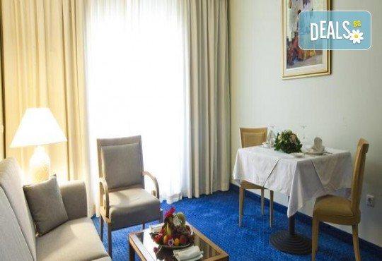 Екзотична почивка в Тунис от Караджъ Турс! 7 нощувки на база All Inclusive в хотел El Mouradi Mahdia 5*, самолетен билет, летищни такси и трансфери - Снимка 3