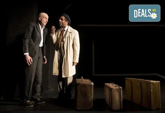 Хитовата комедия на Теди Москов Аз обичам, ти обичаш, тя обича на 28-ми март (неделя) в Малък градски театър Зад канала - Снимка 9