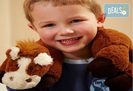 Плюшен нагряващ се Шал Кон Cozy Wrap Horse от Toys.bg - Снимка 1