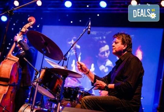 """Концерт в Търговище! """"Да послушаме кино"""" с Хилда Казасян и Плевенска филхармония на 05 октомври (вторник) - Снимка 12"""
