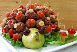 Малки кулинарни изкушения за щастливи мигове! 140 бр. хапки и бонус 50% отстъпка от сладките вкуснотийки на Мечо Фууд Кетъринг! - Снимка