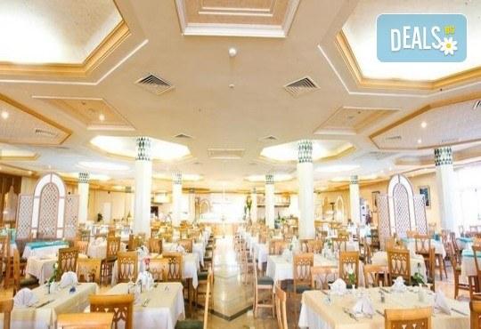 Екзотична почивка в Тунис от Караджъ Турс! 7 нощувки на база All Inclusive в хотел El Mouradi Mahdia 5*, самолетен билет, летищни такси и трансфери - Снимка 18
