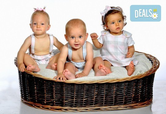 Есенни декори! Семейна, детска или фотосесия за влюбени + подарък фотокнига от Photosesia.com - Снимка 5