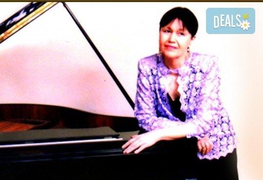 """Концерт """"Семейство Шуман и приятели"""" – клавирен рецитал на Жени Захариева на 02.06. (сряда) в Камерна зала България, част от МФ Софийски музикални седмици - Снимка 1"""