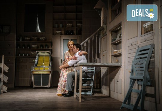 Гледайте Асен Блатечки и Малин Кръстев в постановката Зимата на нашето недоволство на 13-ти юни (неделя) в Малък градски театър Зад канала - Снимка 16