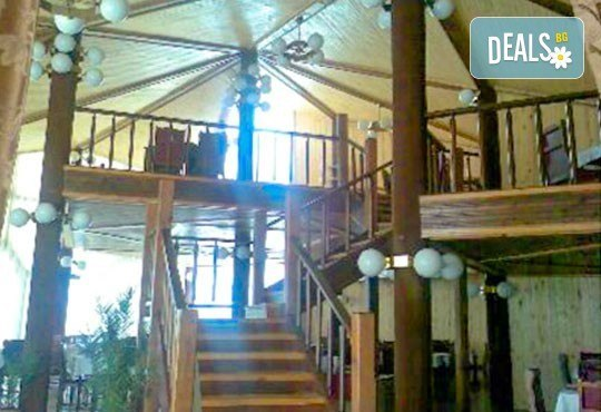 Релакс в СПА хотел Виктория, Брацигово! 1 нощувка със закуска и ползване на басейн, безплатно за дете до 5.99 години - Снимка 19