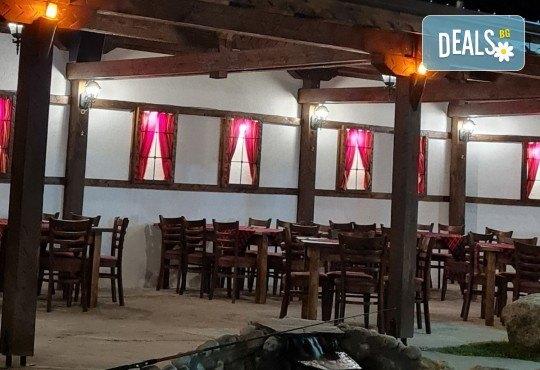 Почивка в Добринище! 1 нощувка със закуска в къща за гости Андрееви - Снимка 30