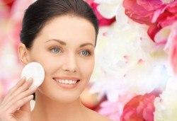 Мануално почистване на лице + ексфолираща подхранваща процедура маска в Салон Blush Beauty - Снимка