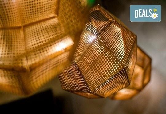 Цялостно пречистване на тялото - детоксикация с пчелен мед, фито сауна, масаж на гръб и билкова напитка в Еuphoria float studios - Снимка 4