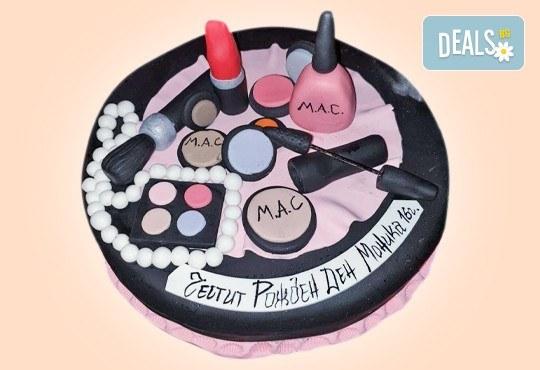 Бъди професионалист! Торта за професионалисти: вкусна торта за фризьори, IT специалисти, съдии, футболисти, режисьори, музиканти и други професии от Сладкарница Джорджо Джани - Снимка 4