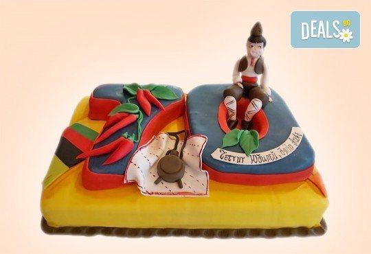 Голяма 3D Торта на традициите за почитателите на българския фолклор, 25 парчета от Сладкарница Джорджо Джани - Снимка 6