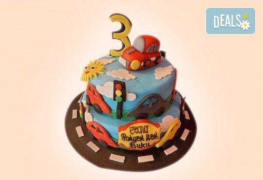 За момчета! Детска 3D торта за момчета с коли и герои от филмчета с ръчно моделирана декорация от Сладкарница Джорджо Джани - Снимка 14
