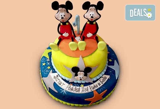 За най-малките! Детска торта с Мечо Пух, Смърфовете, Спондж Боб и други герои от Сладкарница Джорджо Джани - Снимка 28