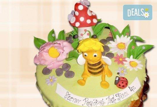 За най-малките! Детска торта с Мечо Пух, Смърфовете, Спондж Боб и други герои от Сладкарница Джорджо Джани - Снимка 51