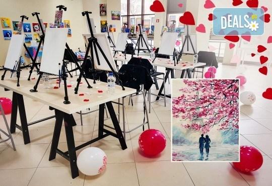 Незабравимо 3-часово творческо преживяване! Студио за рисуване и вино Art and Wine. На 22 септември от 18:30ч - на тема Дамата и морето - Снимка 4
