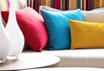 Мокро пране с професионална машина на мека мебел, дивани, килими, матраци в разлчини комбинации от фирма Авитохол - Снимка