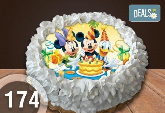 Детска торта с 12 парчета с крем и какаови блатове + детска снимка или снимка на клиента, от Сладкарница Джорджо Джани - Снимка 14