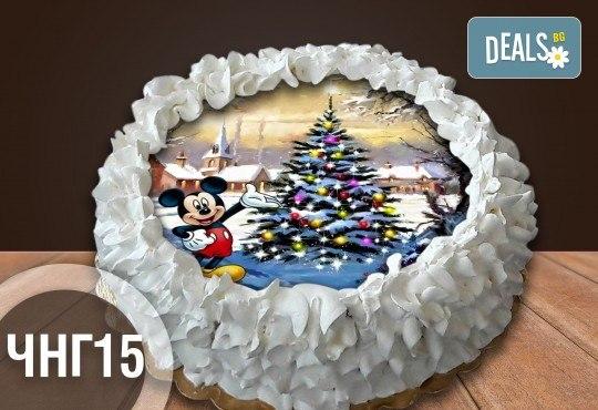 Коледно-новогодишна торта с 12 парчета с крем и какаови блатове + коледна снимка или снимка на клиента, от Сладкарница Джорджо Джани - Снимка 13