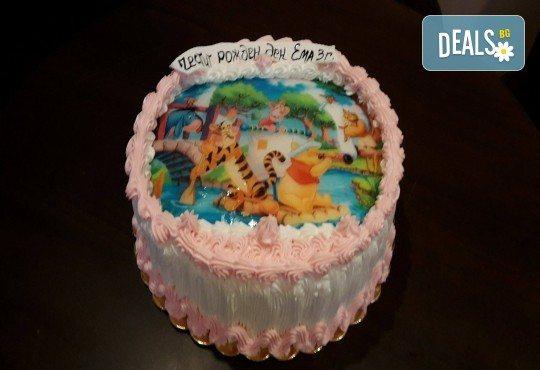 Експресна торта от днес за днес! Голяма детска торта 20, 25 или 30 парчета със снимка на любим герой от Сладкарница Джорджо Джани - Снимка 51