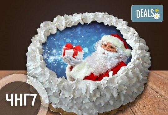 Коледно-новогодишна за Коледа и Нова година! Торта с 8 парчета с крем и какаови блатове + коледна снимка или снимка на клиента, от Сладкарница Джорджо Джани - Снимка 1